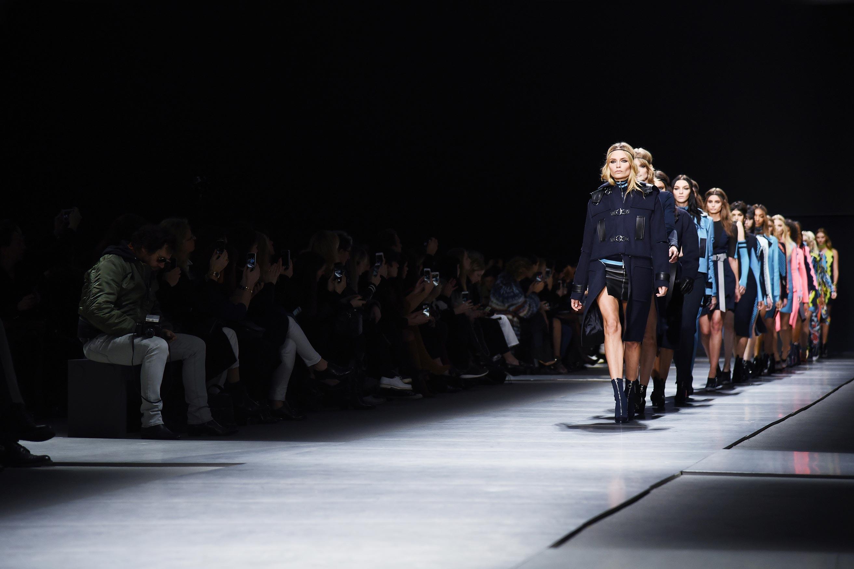 Versace-FW16_finale_3